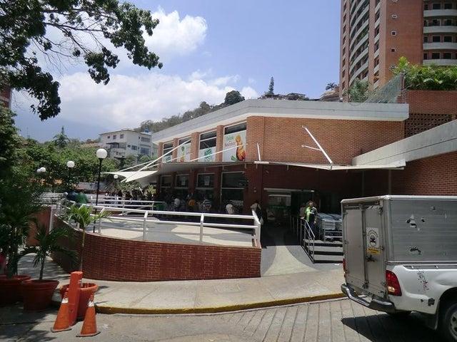 Apartamento Distrito Metropolitano>Caracas>Colinas de Los Chaguaramos - Venta:158.410.000.000 Precio Referencial - codigo: 15-7562