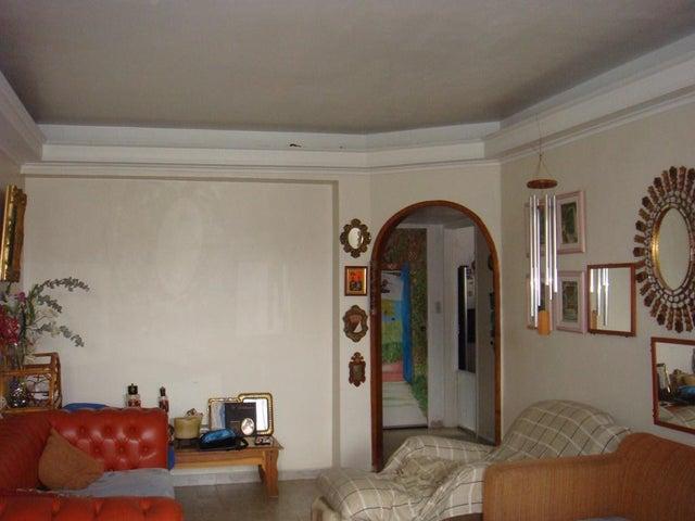 Apartamento Distrito Metropolitano>Caracas>Montalban II - Venta:64.135.000.000 Precio Referencial - codigo: 15-7644