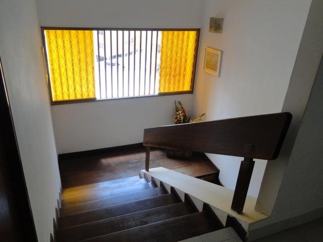 Apartamento Distrito Metropolitano>Caracas>San Bernardino - Venta:18.047.000.000 Bolivares Fuertes - codigo: 15-7653