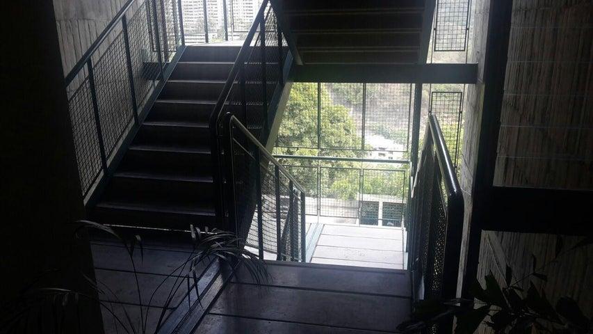 Apartamento Distrito Metropolitano>Caracas>La Tahona - Venta:70.233.000.000 Precio Referencial - codigo: 15-7657