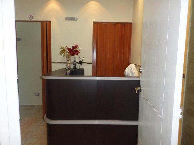 Negocios y Empresas Aragua>La Victoria>Centro - Venta:0 Bolivares - codigo: 15-7668