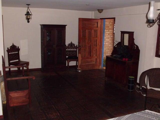 Casa Distrito Metropolitano>Caracas>La Ciudadela - Venta:40.737.000.000 Bolivares - codigo: 15-8000