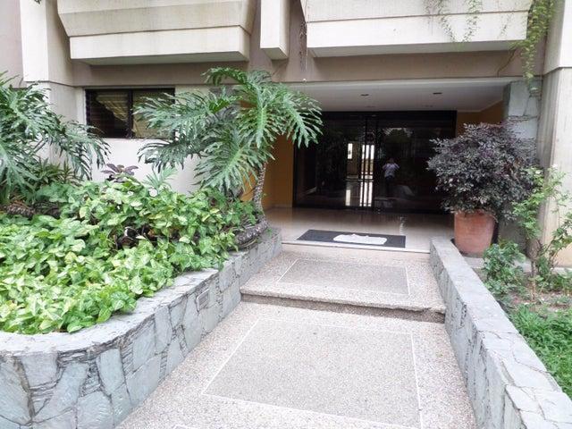Apartamento Distrito Metropolitano>Caracas>Lomas de Prados del Este - Venta:45.117.000.000 Bolivares Fuertes - codigo: 15-7724