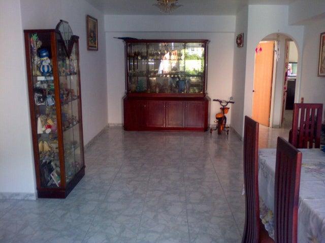 Apartamento Distrito Metropolitano>Caracas>San Bernardino - Venta:27.158.000.000 Bolivares Fuertes - codigo: 14-11764