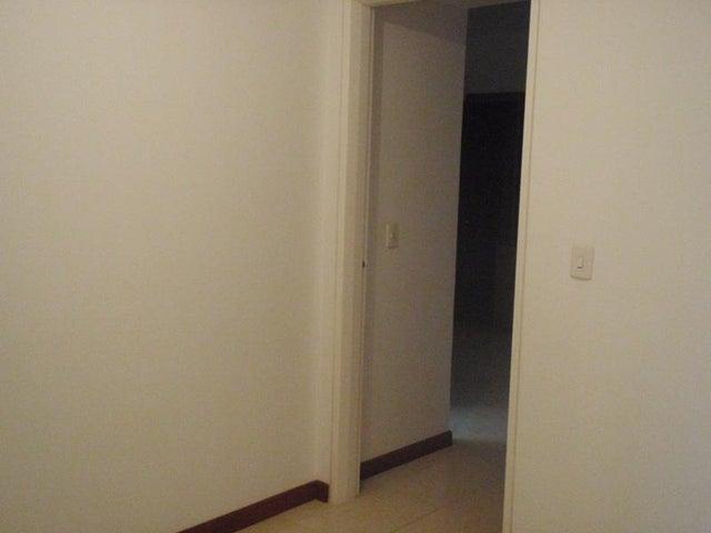Townhouse Miranda>Higuerote>Higuerote - Venta:326.138.000.000 Precio Referencial - codigo: 15-7800