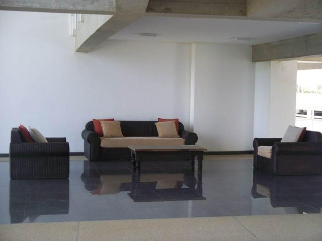 Apartamento Miranda>Higuerote>Agua Sal - Venta:37.815.000.000 Precio Referencial - codigo: 15-7808
