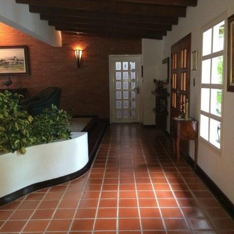 Casa Distrito Metropolitano>Caracas>Los Geranios - Venta:311.388.000.000 Precio Referencial - codigo: 15-7809