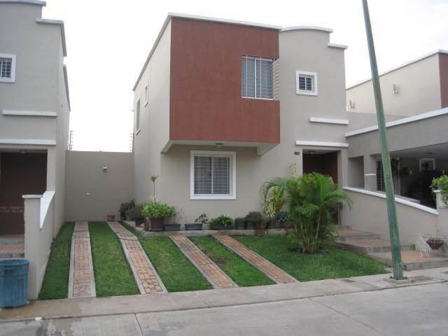 Casa Lara>Barquisimeto>Ciudad Roca - Venta:171.473.000.000 Precio Referencial - codigo: 15-7816