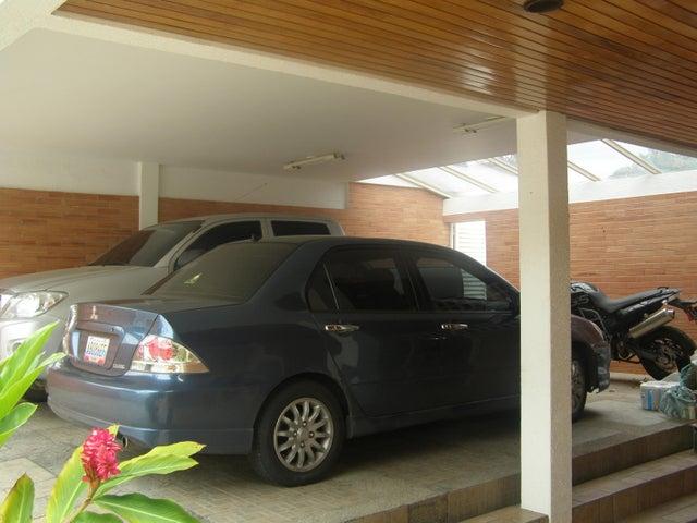 Casa Distrito Metropolitano>Caracas>Colinas de Los Ruices - Venta:116.177.000.000 Bolivares - codigo: 15-7887