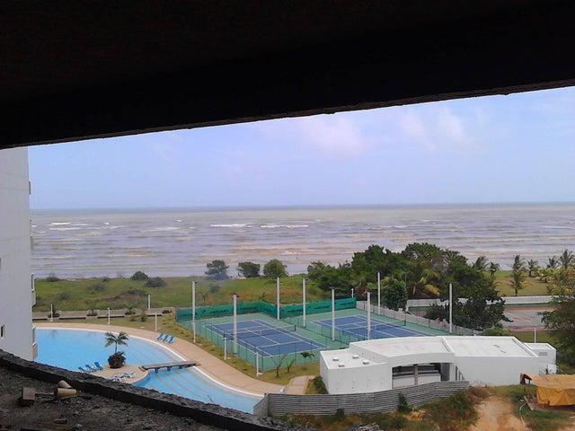 Apartamento Miranda>Higuerote>Agua Sal - Venta:13.579.000.000 Bolivares Fuertes - codigo: 15-7871