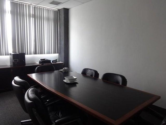Oficina Distrito Metropolitano>Caracas>Boleita Sur - Venta:27.158.000.000 Bolivares - codigo: 15-7898