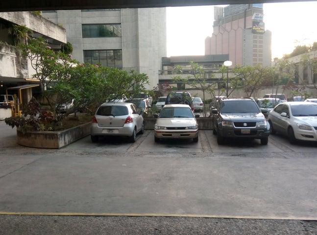 Apartamento Distrito Metropolitano>Caracas>Prado Humboldt - Venta:87.632.000.000  - codigo: 15-7993
