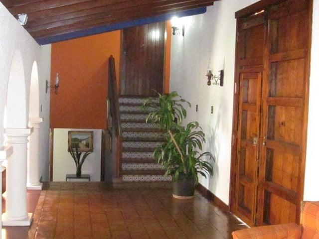 Casa Distrito Metropolitano>Caracas>La Lagunita Country Club - Venta:1.277.041.000.000  - codigo: 15-8009