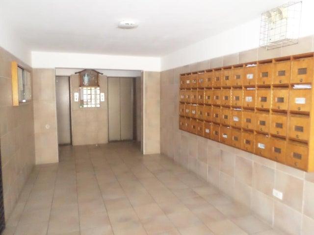 Apartamento Distrito Metropolitano>Caracas>Parque Caiza - Venta:31.774.000.000 Precio Referencial - codigo: 15-8041