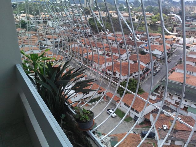 Apartamento Miranda>Municipio Guaicaipuro>Los Nuevos Teques - Venta:58.000 Precio Referencial - codigo: 15-8094