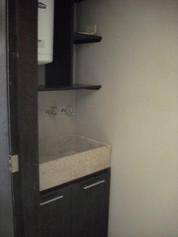 Apartamento Zulia>Maracaibo>Avenida El Milagro - Alquiler:2.400.000 Bolivares Fuertes - codigo: 15-8176