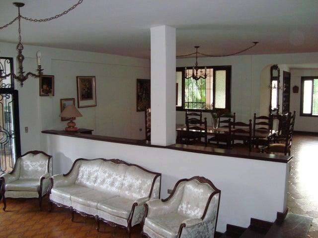 Casa Aragua>Maracay>El Limon - Venta:24.895.000.000 Bolivares - codigo: 15-8522