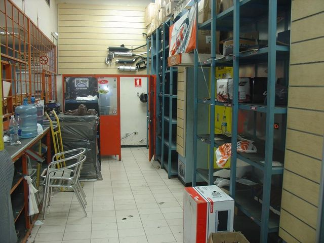 Local Comercial Distrito Metropolitano>Caracas>Las Acacias - Venta:120.000 US Dollar - codigo: 15-8303