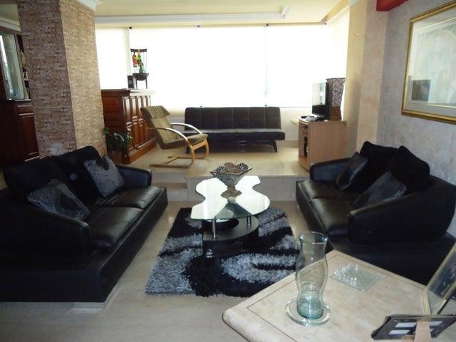 Apartamento Carabobo>Valencia>La Alegria - Venta:8.400.000.000 Bolivares Fuertes - codigo: 15-8331