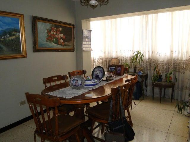Apartamento Distrito Metropolitano>Caracas>Las Delicias de Sabana Grande - Venta:25.210.000.000 Precio Referencial - codigo: 15-8367