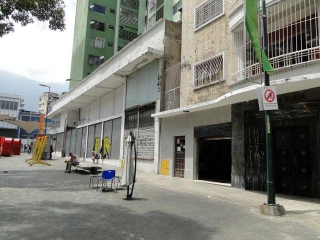 Local Comercial Distrito Metropolitano>Caracas>Sabana Grande - Venta:18.507.000.000 Bolivares - codigo: 15-8369