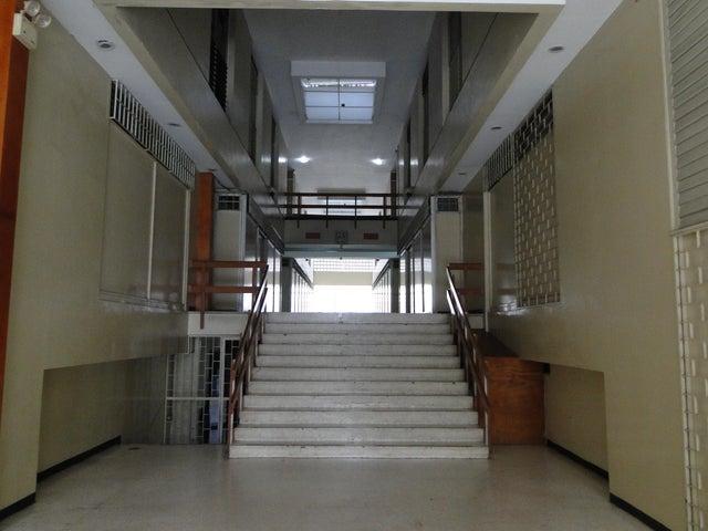 Apartamento Distrito Metropolitano>Caracas>Horizonte - Venta:48.858.000.000 Precio Referencial - codigo: 15-8375