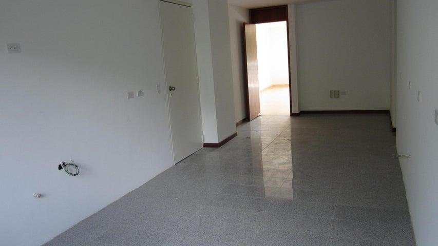 Apartamento Distrito Metropolitano>Caracas>Los Chorros - Venta:169.738.000.000 Bolivares Fuertes - codigo: 15-8392