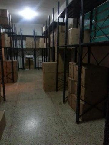 Local Comercial Distrito Metropolitano>Caracas>Chacao - Venta:10.383.000.000 Bolivares - codigo: 15-8512