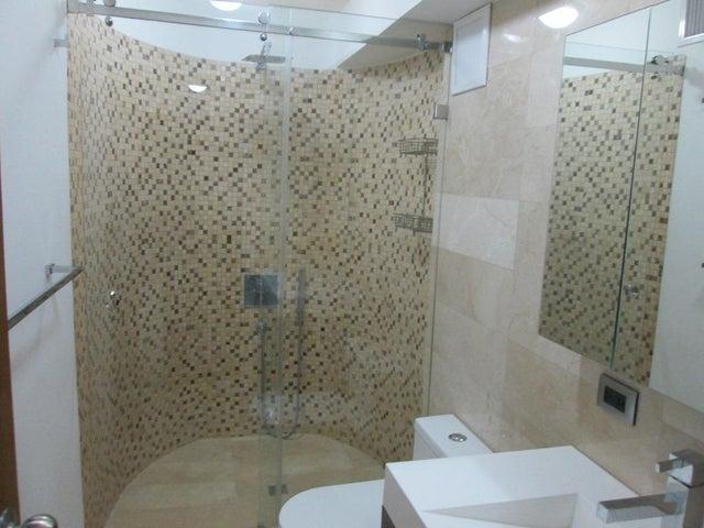 Apartamento Distrito Metropolitano>Caracas>San Roman - Venta:453.783.000.000 Precio Referencial - codigo: 15-8555