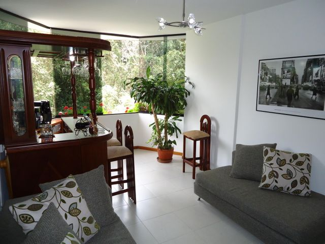 Apartamento Miranda>San Antonio de los Altos>Las Minas - Venta:30.550.000.000 Bolivares Fuertes - codigo: 15-8624