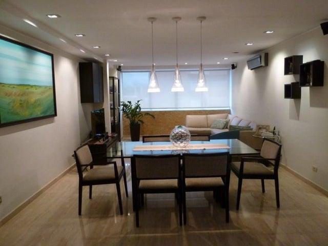 Apartamento Distrito Metropolitano>Caracas>Lomas del Sol - Venta:109.931.000.000 Precio Referencial - codigo: 15-7547