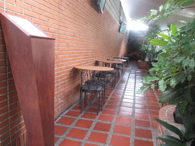 Negocios y Empresas Distrito Metropolitano>Caracas>Boleita Norte - Venta:47.925.006.000.000 Bolivares - codigo: 15-8719