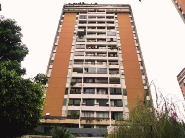 Apartamento Distrito Metropolitano>Caracas>El Paraiso - Venta:51.912.000.000 Precio Referencial - codigo: 15-8689