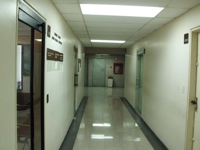 Consultorio Medico  Distrito Metropolitano>Caracas>San Bernardino - Venta:65.000 Precio Referencial - codigo: 15-8701
