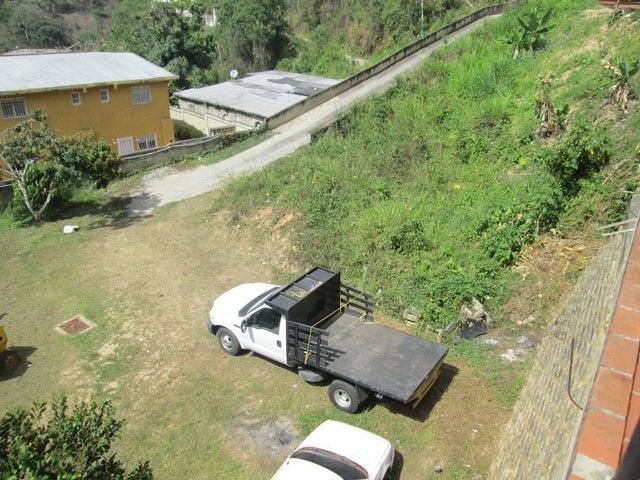 Terreno Distrito Metropolitano>Caracas>Lomas de La Lagunita - Venta:19.549.000.000 Bolivares - codigo: 15-8881