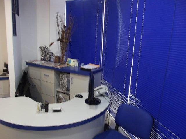 Oficina Carabobo>Valencia>Prebo II - Venta:960.000.000 Bolivares Fuertes - codigo: 15-8884