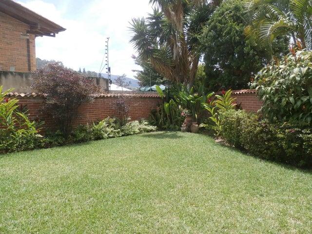 Casa Distrito Metropolitano>Caracas>Santa Paula - Venta:115.471.000.000 Bolivares - codigo: 15-10615