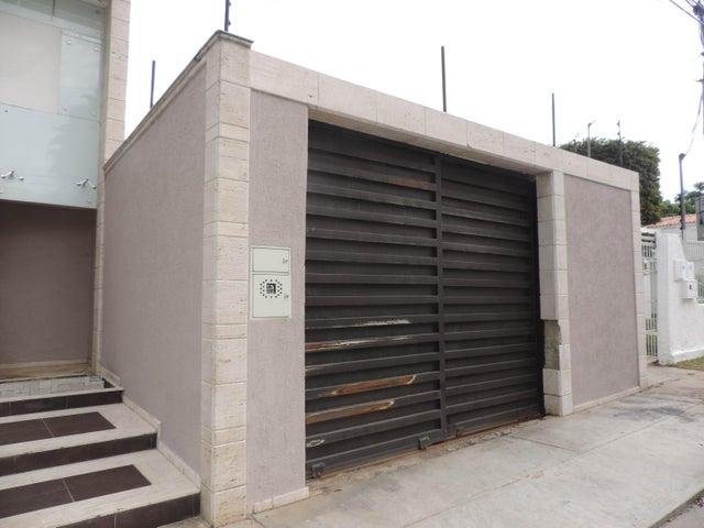 Local Comercial Carabobo>Valencia>El Viñedo - Venta:160.337.000.000 Precio Referencial - codigo: 15-8932