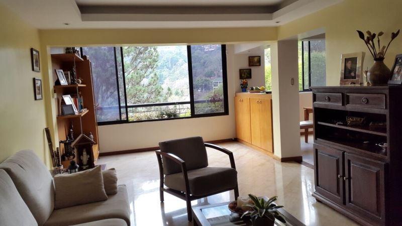 Townhouse Distrito Metropolitano>Caracas>La Boyera - Venta:56.579.000.000 Bolivares - codigo: 15-9015