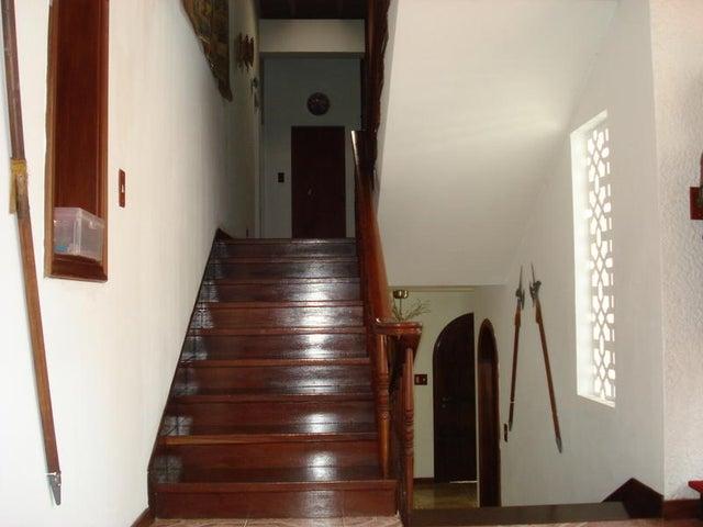 Casa Distrito Metropolitano>Caracas>Lomas de Chuao - Venta:137.708.000.000 Precio Referencial - codigo: 14-13377