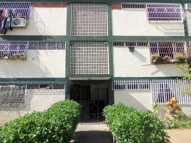 Apartamento Carabobo>Valencia>San Blas - Venta:21.500.000 Bolivares Fuertes - codigo: 15-9182