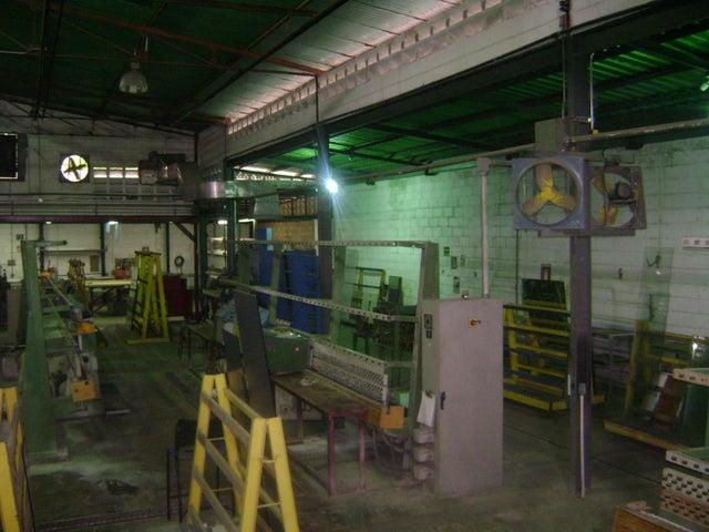 Negocios y Empresas Zulia>Maracaibo>Avenida Bella Vista - Venta:1.502.267.328.000.000 Bolivares Fuertes - codigo: 15-9104