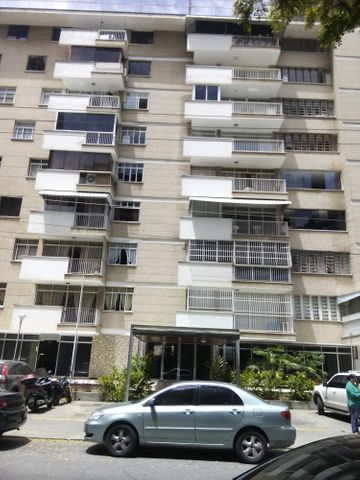 Apartamento Distrito Metropolitano>Caracas>Los Palos Grandes - Venta:100.770.000.000 Precio Referencial - codigo: 15-9115