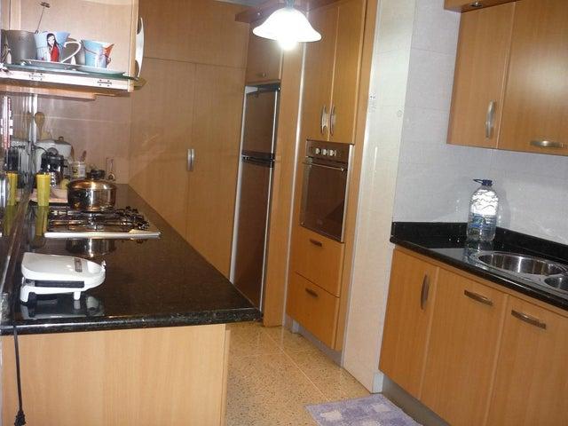 Apartamento Distrito Metropolitano>Caracas>El Bosque - Venta:20.785.000.000 Bolivares Fuertes - codigo: 15-9121