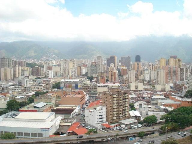Apartamento Distrito Metropolitano>Caracas>El Paraiso - Venta:45.000 US Dollar - codigo: 15-9134