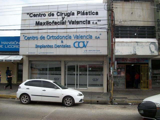 Negocios y Empresas Carabobo>Valencia>Los Sauces - Venta:113.081.956.000.000 Bolivares - codigo: 15-7954