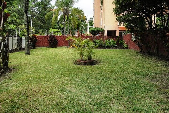 Apartamento Distrito Metropolitano>Caracas>Vizcaya - Venta:21.500.000.000 Bolivares Fuertes - codigo: 15-9227