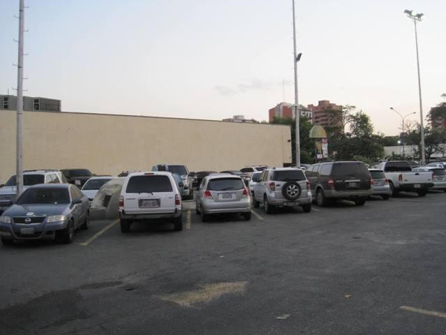 Negocios y Empresas Lara>Barquisimeto>Fundalara - Venta:34.426.960.000.000 Bolivares - codigo: 15-9272