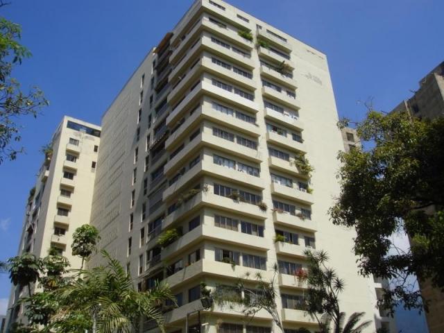 Apartamento Distrito Metropolitano>Caracas>Campo Alegre - Venta:180.000 US Dollar - codigo: 15-9366