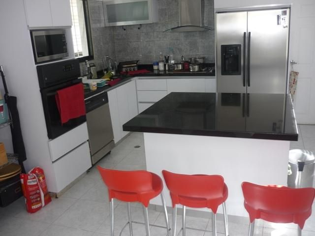 Casa Distrito Metropolitano>Caracas>Karimao Country - Venta:111.819.000.000 Precio Referencial - codigo: 15-9338